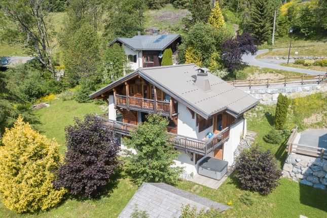 Chalet for sale in Route Des Metrallins, Haute-Savoie, Rhône-Alpes, France