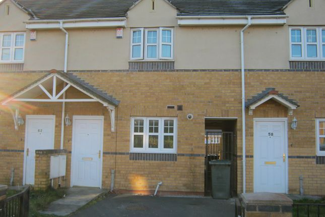 Thumbnail Town house for sale in Chelwood Drive, Allerton, Bradford