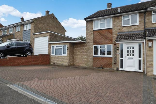 4 bed semi-detached house for sale in Kirkstone Drive, Dunstable