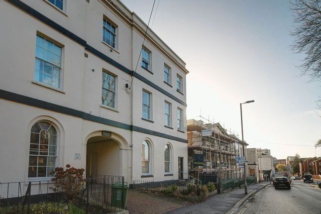 Thumbnail Flat for sale in 1 Bed Flat, Pennsylvania Road, Exeter