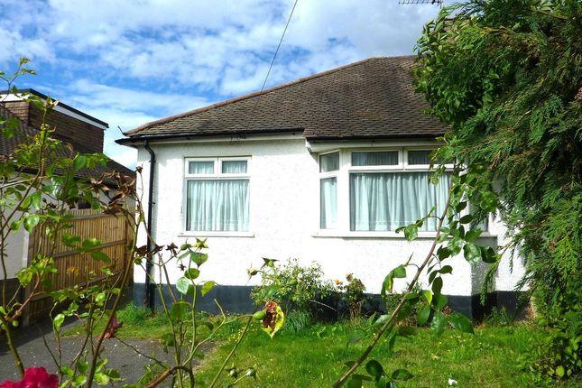 Thumbnail Bungalow to rent in Edmunds Avenue, Orpington