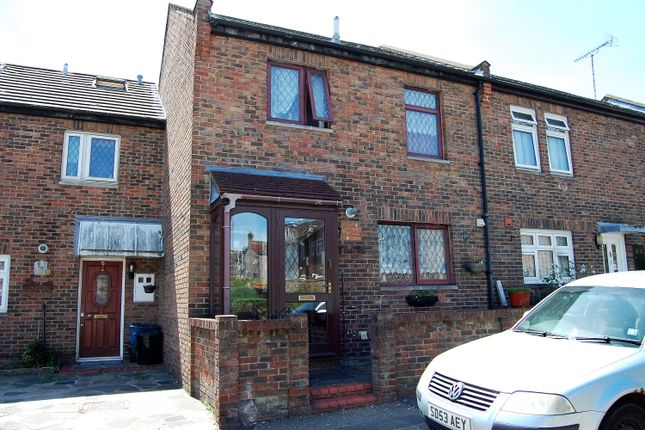 Thumbnail Terraced house for sale in Bowland Road, Woodford Green