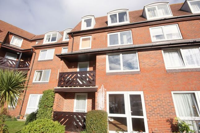 Thumbnail Property for sale in Hometide House, Beach Road, Lee-On-The-Solent