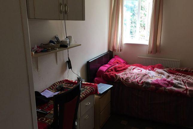 Double Bedroom of Delph Lane, Hyde Park, Leeds LS6