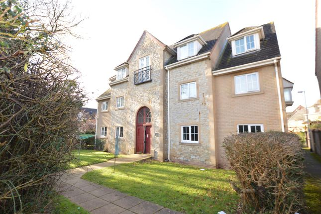 Thumbnail Flat for sale in Hay Leaze, Yate, Bristol