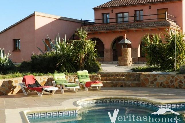 10 bed villa for sale in Sorbas, Almeria, Spain