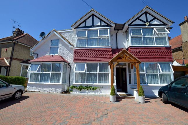 1 bed flat to rent in Rosebery Avenue, Eastbourne BN22