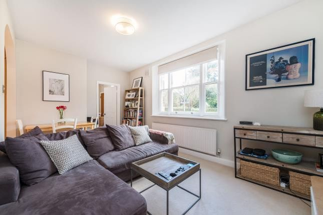 Thumbnail Flat for sale in Nightingale Lane, London