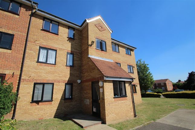 1 bed flat for sale in Redford Close, Feltham