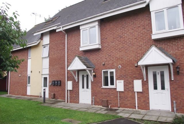 Thumbnail Town house to rent in Alexandra Wharf, Grimsby