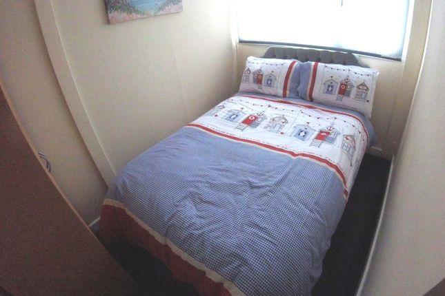 Bed 1 of 143 Sixth Avenue, South Shore Holiday Village, Bridlington YO15