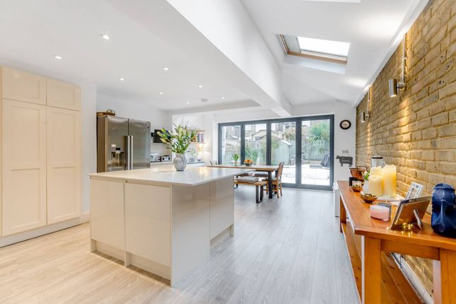 Thumbnail Terraced house to rent in Inman Road, Wandsworth