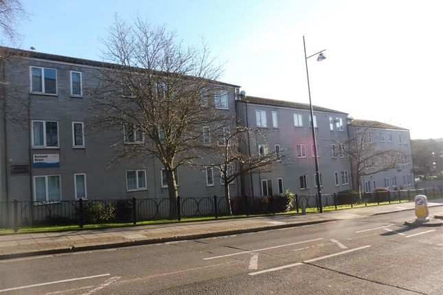 Thumbnail Flat to rent in Buckwell Street, Plymouth