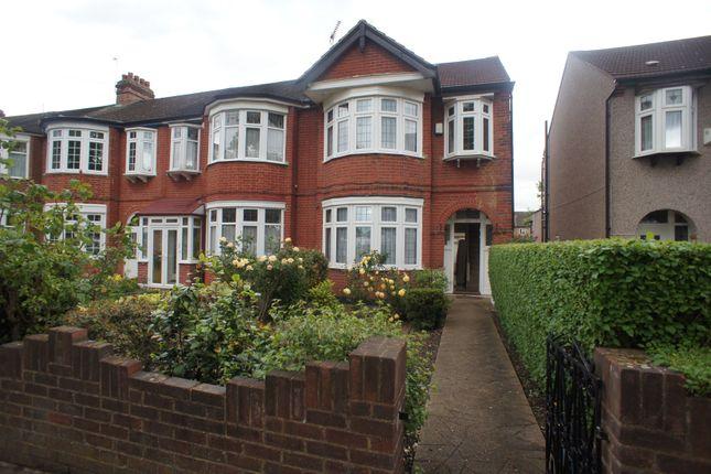 Thumbnail Duplex to rent in Ashurst Drive, Barkingside