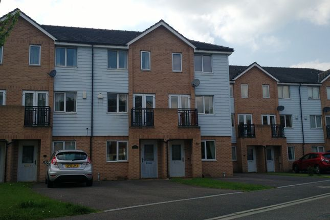 Thumbnail Property to rent in Wain Avenue, Riverside Village, Chesterfield