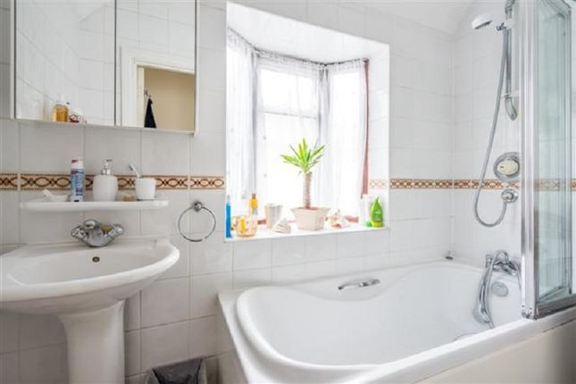 Bathroom of Kings Drive, Edgware, Greater London. HA8