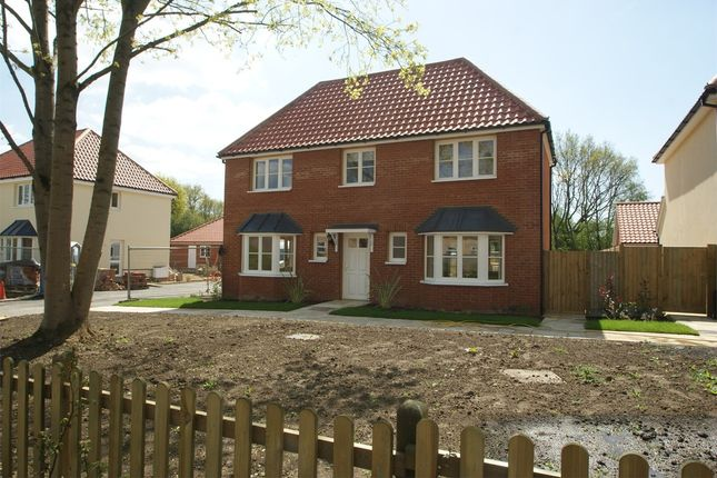 Thumbnail Detached house to rent in Wintershull Close, Takeley, Bishop's Stortford