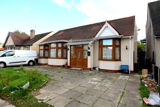 Thumbnail Bungalow for sale in Breamore Road, Ilford
