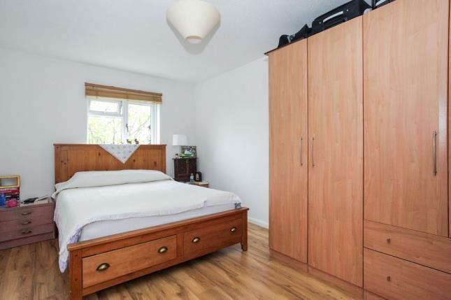 Bedroom 1 of Downlands Court, Browning Road, Luton, Bedfordshire LU4