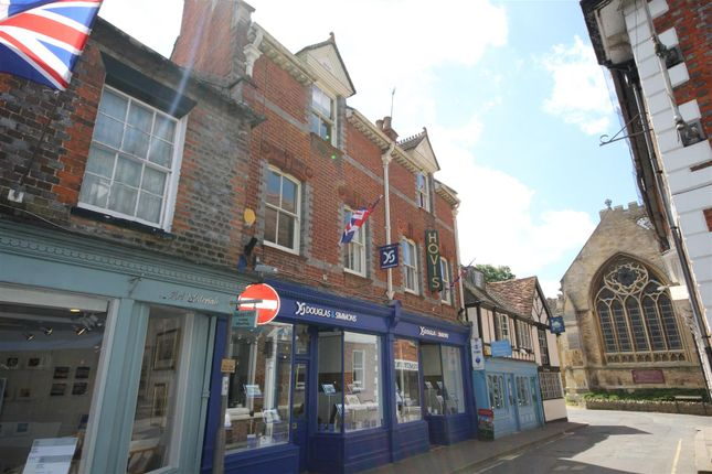 Thumbnail Flat to rent in Market Place, Wantage