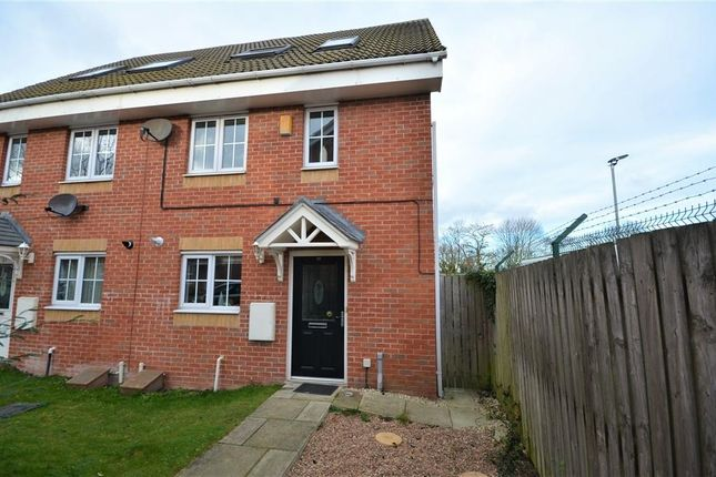 3 bed property for sale in Cherry Tree Walk, Knottingley WF11