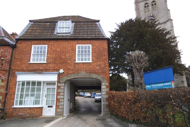 3 bed flat to rent in New Park Street, Devizes, Wiltshire SN10