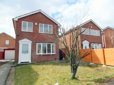 Thumbnail Detached house to rent in Crescent Walk, Clayton, Bradford