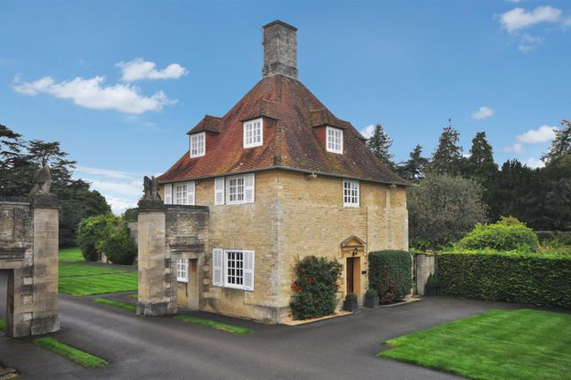 Thumbnail Country house for sale in Middleton Park, Middleton Stoney, Bicester