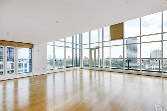 Flat to rent in Riverside Tower, The Boulevard, Imperial Wharf, London