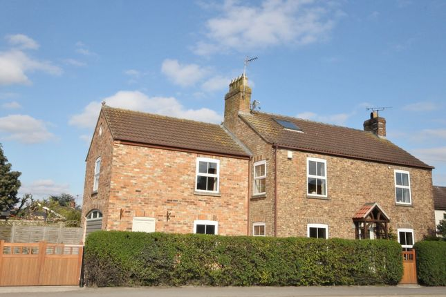 Thumbnail Detached house for sale in Barbeck, Thirsk