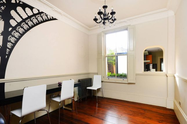 Thumbnail Terraced house to rent in Dunelm Street, Stepney