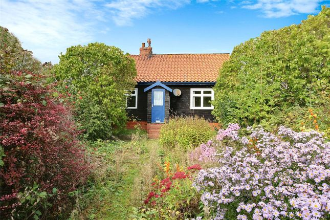 Thumbnail Bungalow for sale in North Road, Halsham, Hull, East Yorkshire