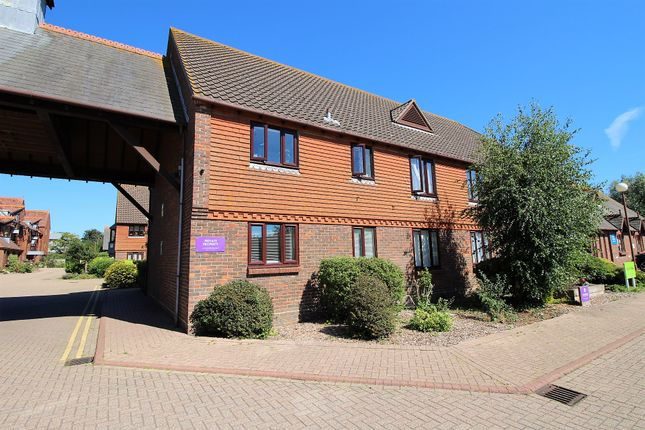 Thumbnail Flat for sale in Church Bailey, Westham