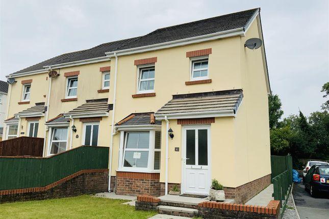 Town house for sale in Llygad-Y-Ffynnon, Five Roads, Llanelli