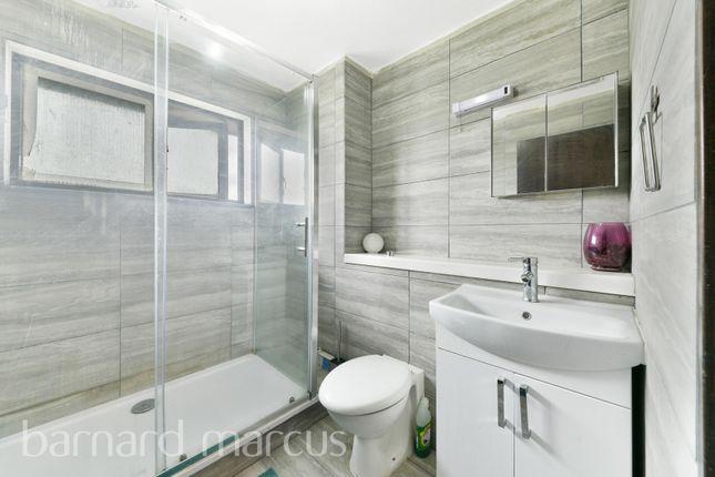 Thumbnail Property to rent in Deerhurst Close, Feltham