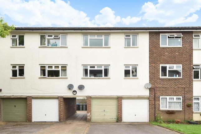 Thumbnail Flat to rent in Lowell Place, Witney