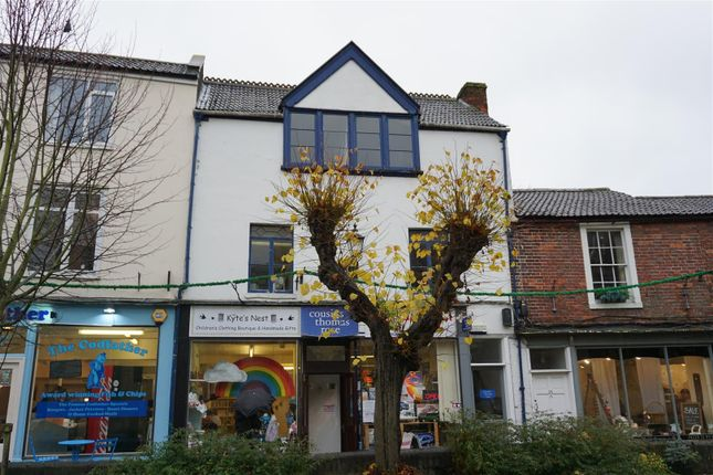 Thumbnail Flat to rent in Church Walk, Trowbridge