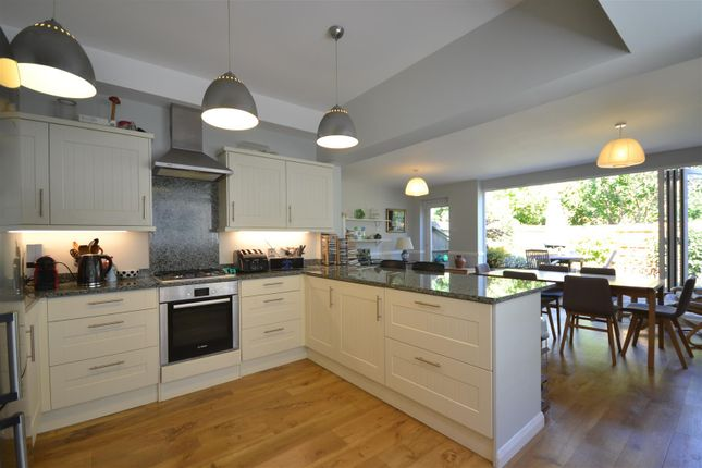 Kitchen Diner of West Hill, Epsom KT19