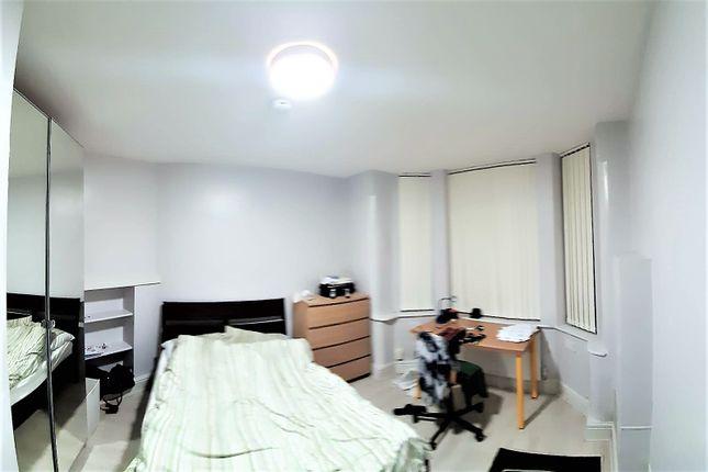 Studio to rent in Platt Lane, Fallowfield, Manchester M14
