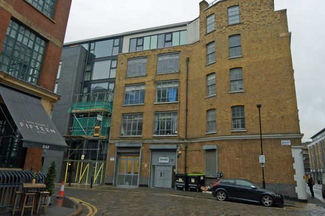 Thumbnail Office to let in Westland Place, London