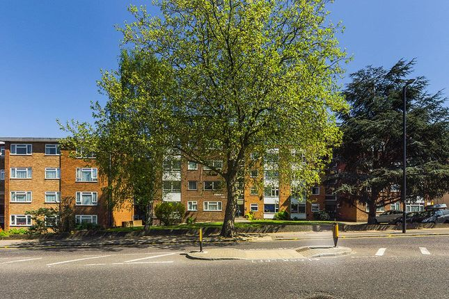 Thumbnail Flat for sale in Embassy Court, Bounds Green Road, London