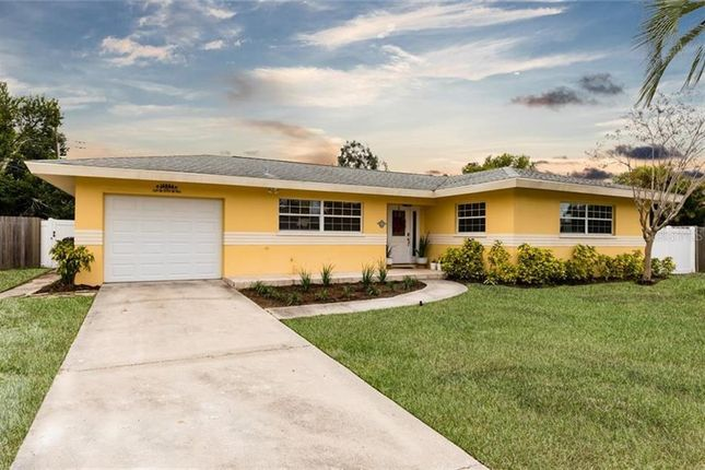 Thumbnail Property for sale in 13954 Bermuda Drive, Seminole, Florida, United States Of America