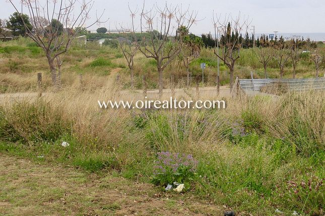 Thumbnail Land for sale in Vilassar De Dalt, Vilassar De Dalt, Spain