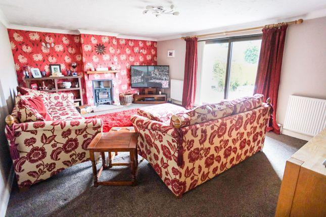 Lounge of Grange Lane, Ingham LN1