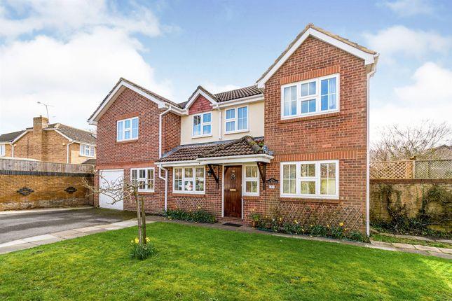 Thumbnail Detached house for sale in Fir Tree Close, Horton Heath, Eastleigh