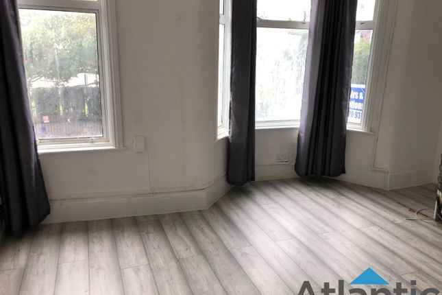 Thumbnail Flat to rent in Wood Street, Walthamstow