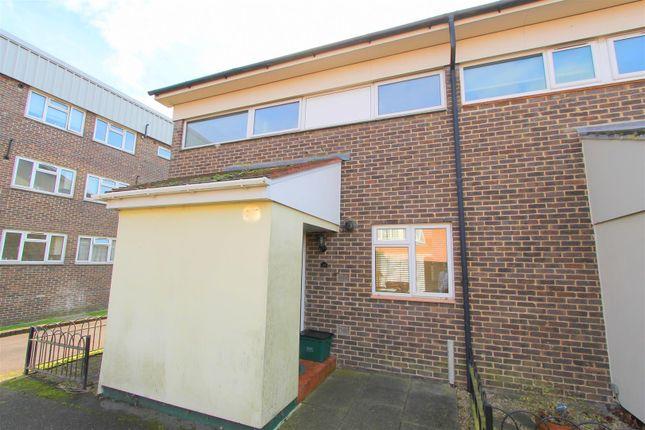 Thumbnail Property to rent in Brabazon Avenue, Wallington