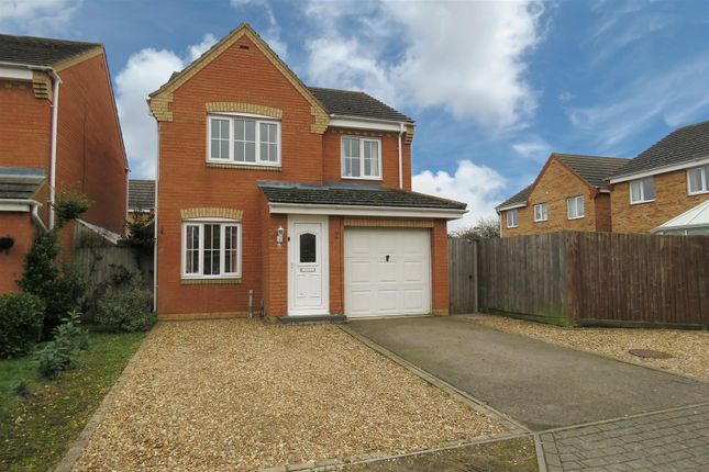 Thumbnail Detached house for sale in Snowdrop Walk, Biggleswade