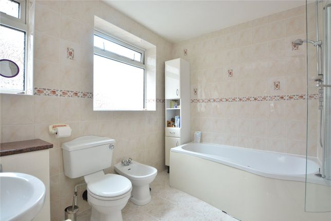 Picture No. 12 of High Moor Crescent, Moortown, Leeds LS17
