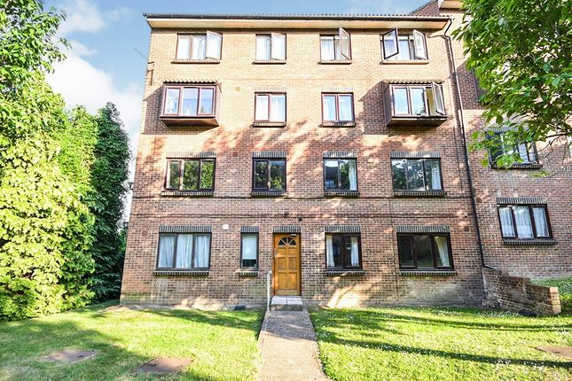 Flat for sale in Claire House, Lesley Place, Buckland Hill, Maidstone
